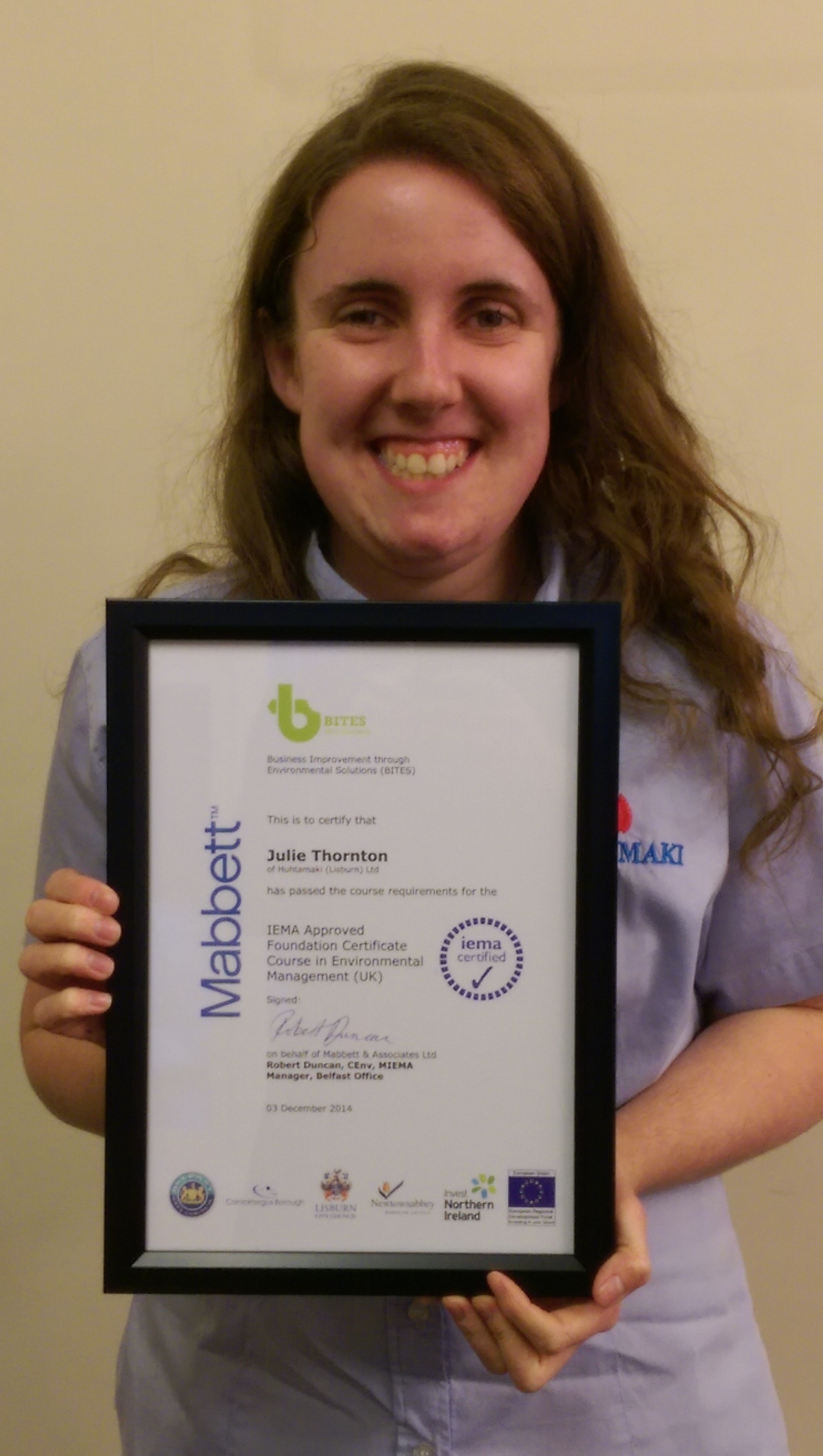 Julie Thornton awarded Environmental Management certificate